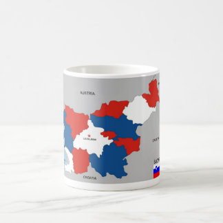 Mug drapeau politique de carte de pays de la Slovénie