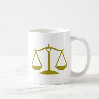 Mug Échelles de justice - or