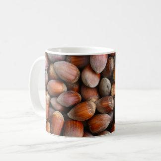 Mug écrous mûrs de motif de fruit de nourriture de
