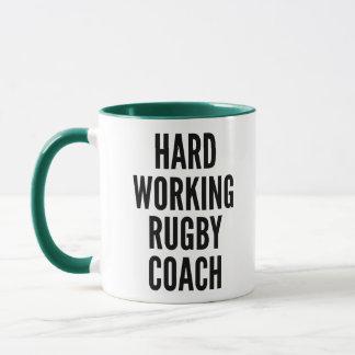 Mug Entraîneur travaillant dur de rugby