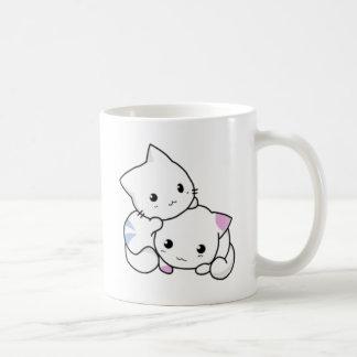Mug Étreindre blanc mignon de chatons