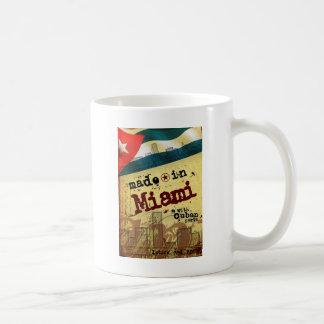 Mug Fait à Miami avec les pièces cubaines