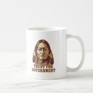 Mug Faites confiance au gouvernement