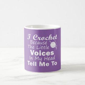 Mug Faites du crochet puisque de petites voix