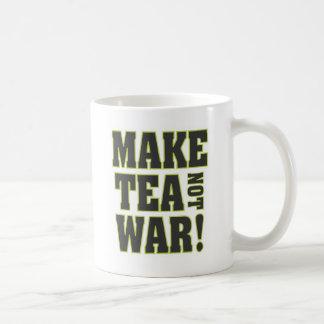 Mug Faites la guerre de thé pas !