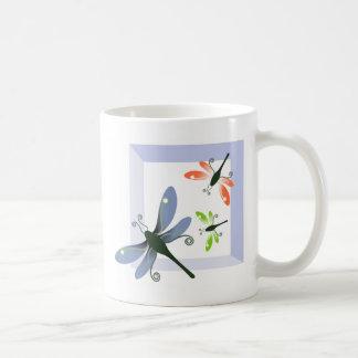 Mug fenêtre de libellule