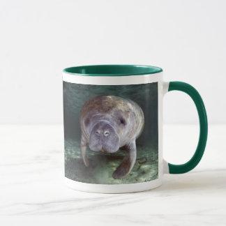 Mug Fermez-vous vers le haut des lamantins