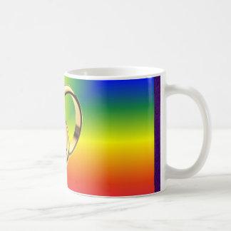 Mug Fierté d'arc-en-ciel avec des alliances d'or