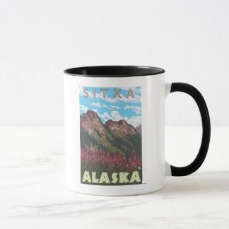 Mug Fireweed et montagnes - Sitka, Alaska