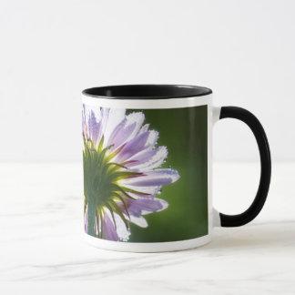 Mug Fleur sauvage pourpre rétro-éclairé avec des
