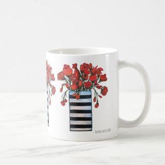 Mug Fleurs rouges avec des beaux-arts rayés de vase