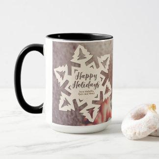 Mug Flocon personnalisé de neige de vacances coupé par