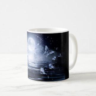 Mug Flutterby éclairé par la lune
