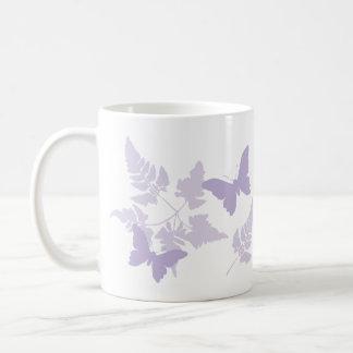 Mug Fougères pourpres de lavande de papillons