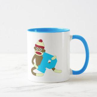 Mug Garçon P de monogramme de singe de chaussette