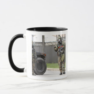 Mug Garde de support de soldats à une intersection