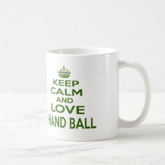 Mug Gardez le calme et aimez la boule de main