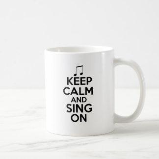 Mug Gardez le calme et chantez dessus