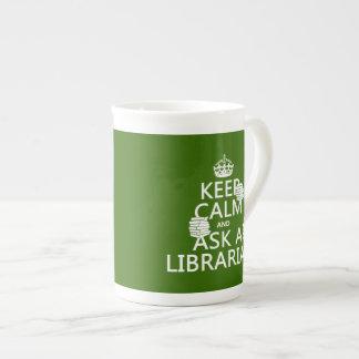 Mug Gardez le calme et demandez à un bibliothécaire