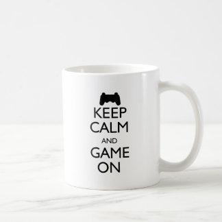 Mug Gardez le calme et le jeu dessus