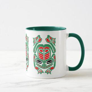 Mug Grenouille rouge et verte d'art indigène de Haida