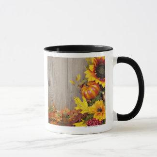 Mug Guirlande et feuille d'automne sur l'arrière -