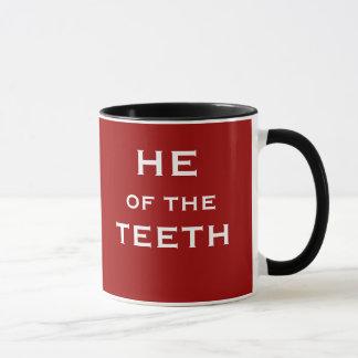 Mug Il du nom et du titre drôles de plaisanterie de