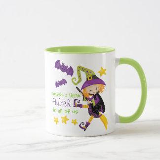 Mug Il y a une petite sorcière Halloween