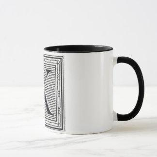 Mug Initiale de bois de graveur de gravure sur bois en