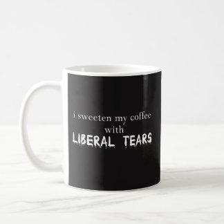 Mug J'adoucis mon café avec les larmes libérales -