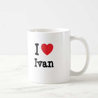 Mug J'aime la coutume de coeur d'Ivan personnalisée