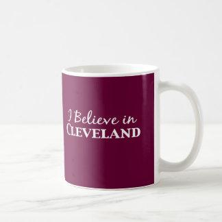 Mug Je crois aux cadeaux de Cleveland
