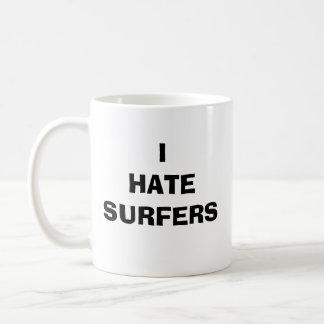 MUG JE DÉTESTE DES SURFERS