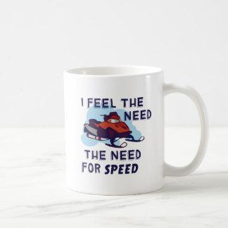 Mug Je sens le besoin le besoin de vitesse