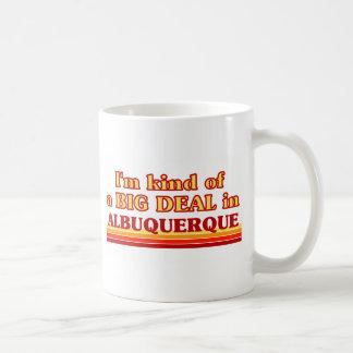 Mug Je suis un peu une AFFAIRE à Albuquerque