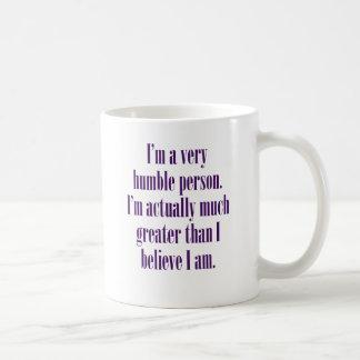 Mug Je suis une personne très humble