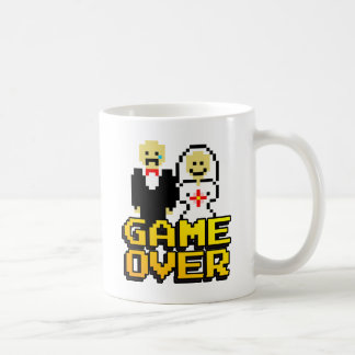 Mug Jeu au-dessus du mariage (à 8 bits)