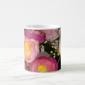 Mug Jolies fleurs en plastique de type et de race