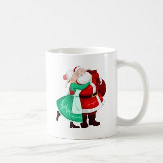 Mug Joue et étreintes de Mme Claus Kisses Père Noël On