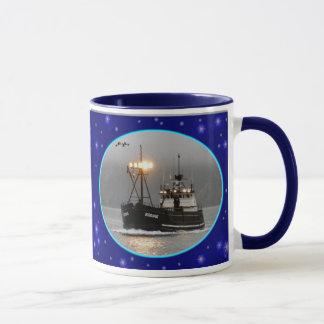 Mug Kodiak, bateau de crabe dans le port néerlandais,