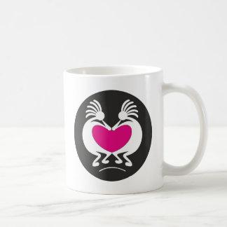 Mug Kokopelli avec le coeur rose