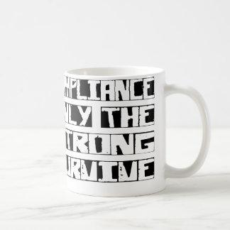 Mug La conformité survivent