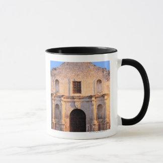 Mug La mission d'Alamo dans le jour moderne San