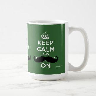 Mug La moustache gardent le calme et continuent le