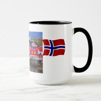 Mug La Norvège, Livi, g par le fjord