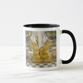 Mug La Russie, St Petersburg. Fontaine de Samson à
