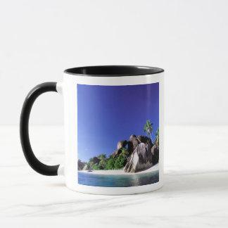 Mug L'Afrique, Seychelles, île de Digue de La. Granit