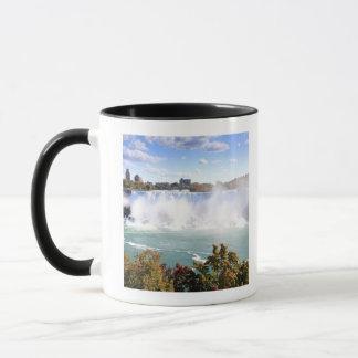 Mug L'Américain tombe aux chutes du Niagara