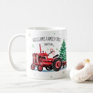 Mug L'arbre de Noël vintage rouge de tracteur ajoutent