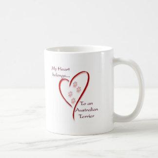 Mug Le coeur de Terrier australien appartient